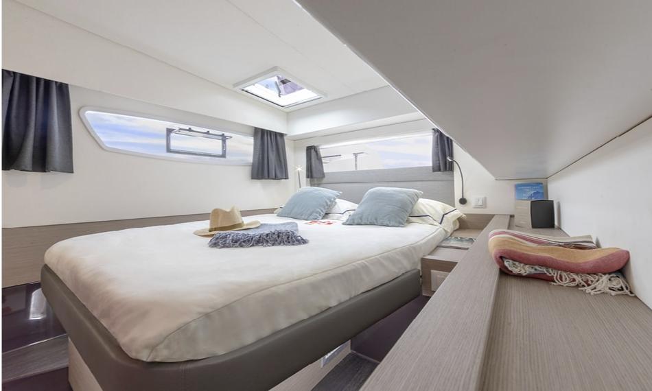 Die Betten in den Kabinen sind von beiden Seiten zugänglich.