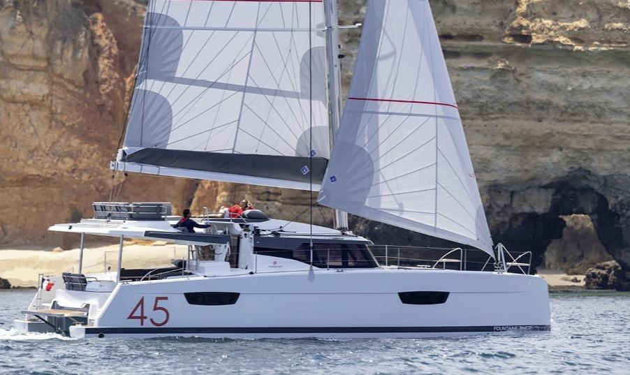 Der Elba 45 ersetzt den Helia 44 mit einigen Verbesserungen.