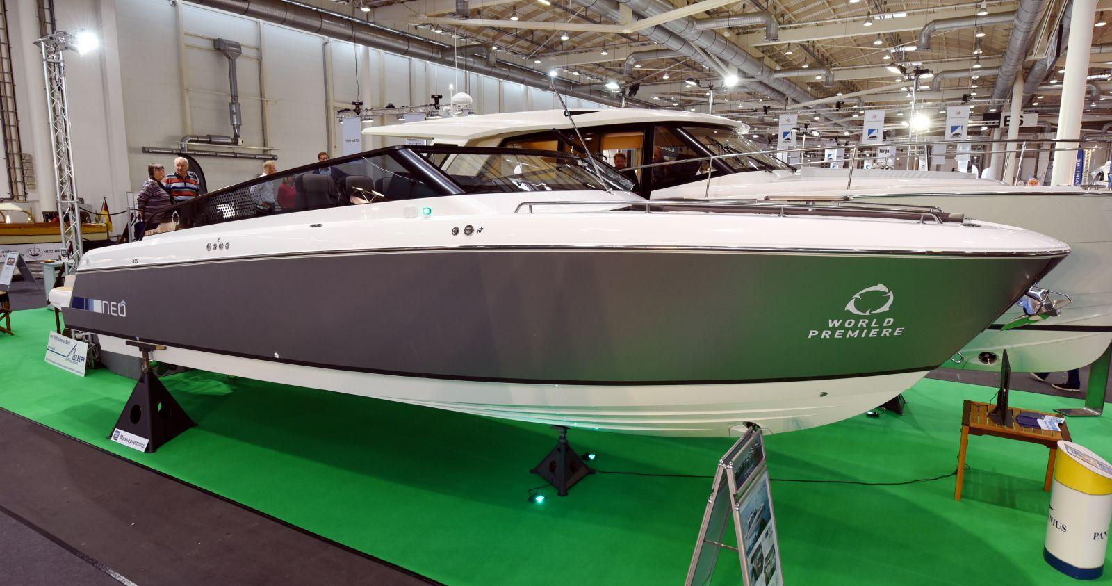 Hier findet sich sowohl etwas für Motorbootfans ...