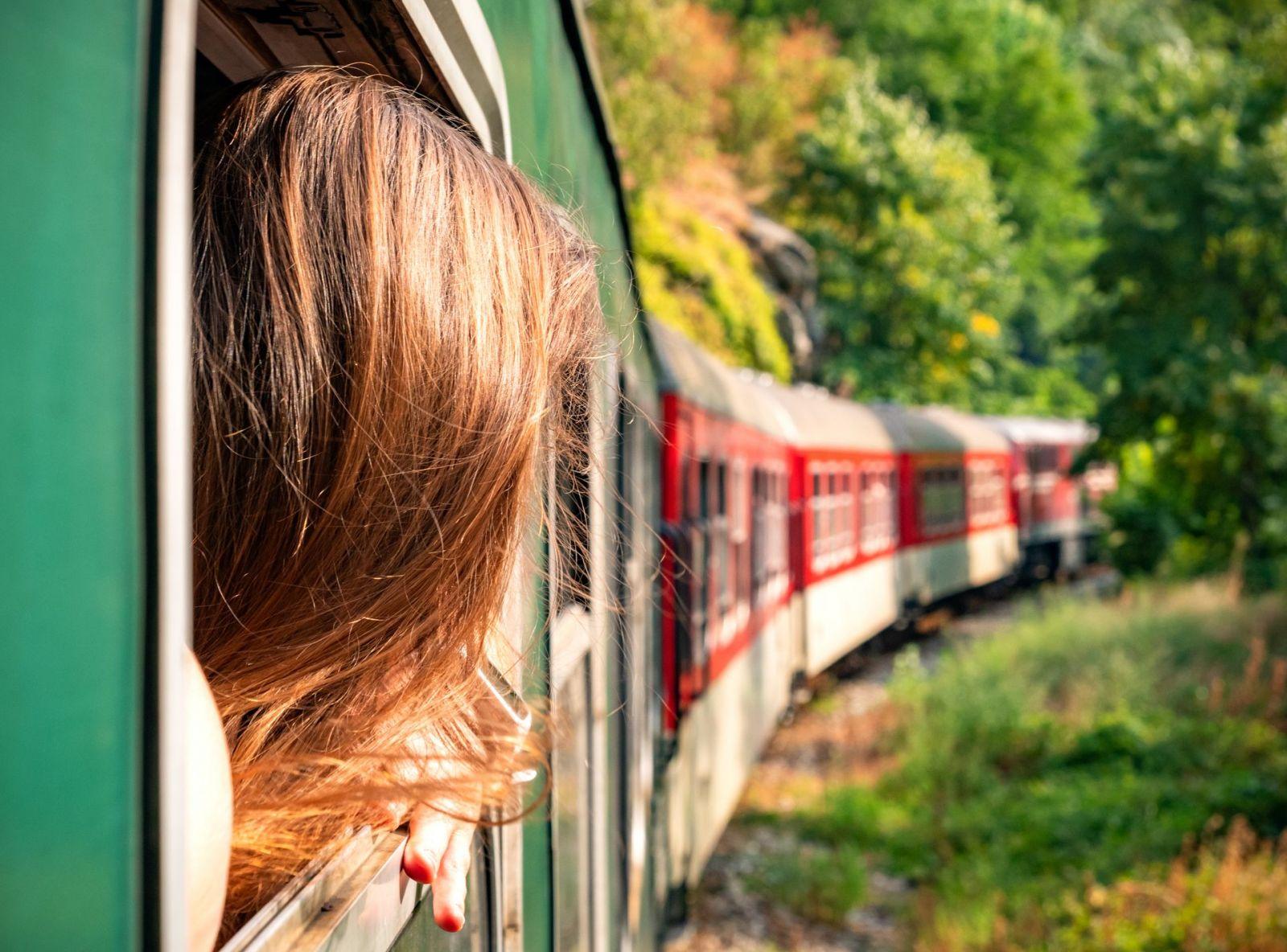Die langsame Art des Reisens wird wiederentdeckt: Beim Slow Travel geht der Urlaub schon auf dem Weg in die Zielregion los.  ©maribom/AdobeStock