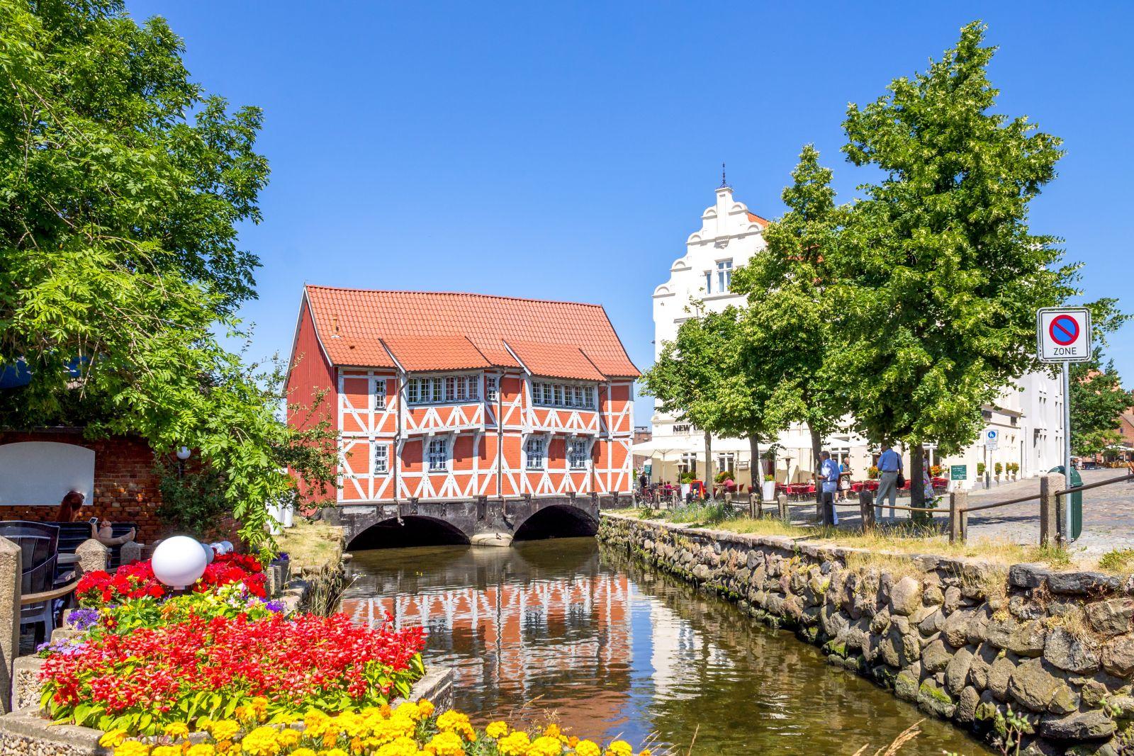 Auch Hansestädte liegen auf dem Weg. ©pure life pictures/AdobeStock